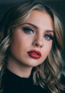 Langanhaltender Lippenstift: So wird Ihr Lippenstift nie mehr verwischen