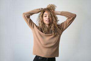 Beginnen Sie mit der Curly Girl-Methode
